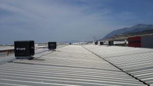 fabrika çatısında evaporatif klima uygulaması